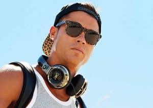 Cristiano Ronaldo y ROC Live Life Loud by Monster